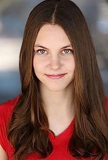 Aktori Kaitlyn Dias