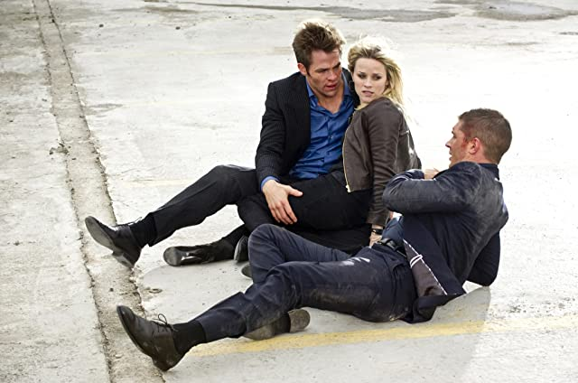 Reese Witherspoon, Tom Hardy, and Chris Pine in This Means War (2012)