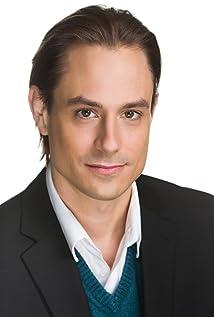 Aktori Matthew Oliva