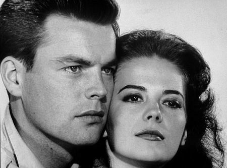 Natalie Wood and Robert Wagner during filming of