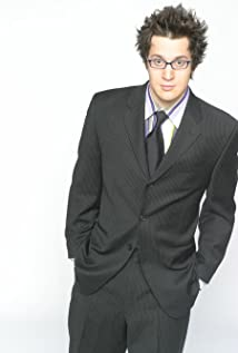 Dan Levy Picture