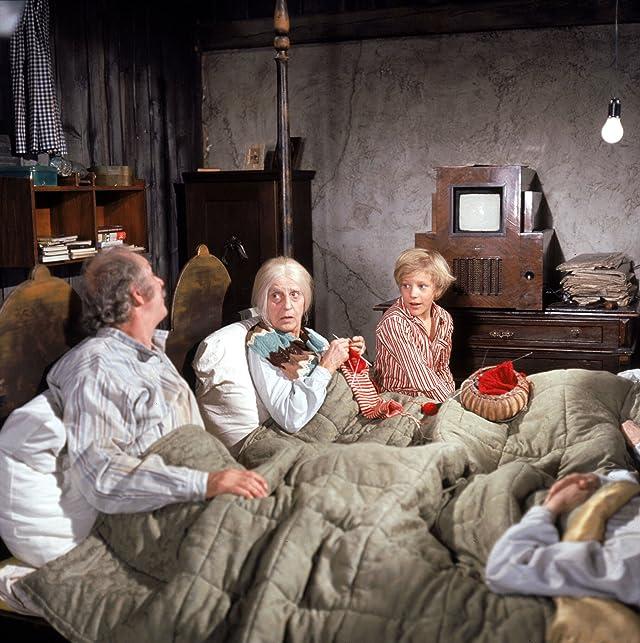 Jack Albertson, Franziska Liebing, and Peter Ostrum in Willy Wonka & the Chocolate Factory (1971)