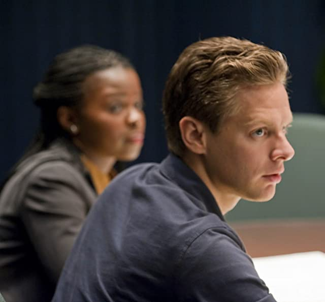 Jacob Pitts and Erica Tazel in Justified (2010)