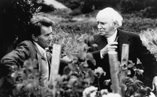 Martin Sheen and Barnard Hughes in Da (1988)