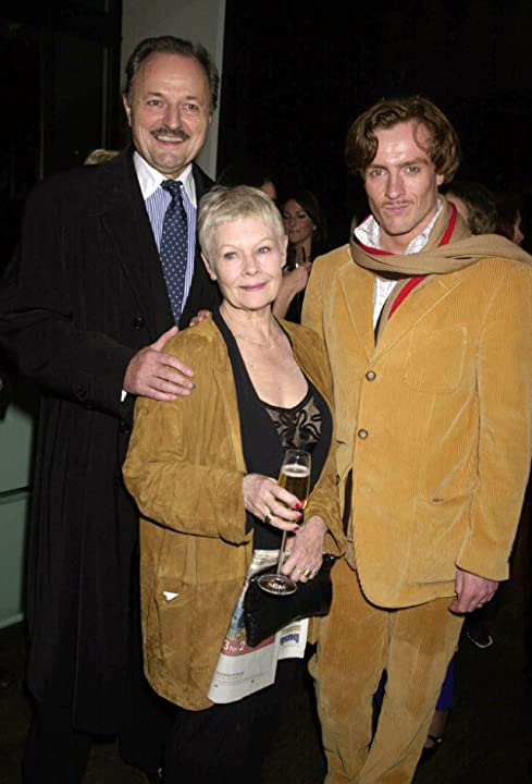 Judi Dench, Peter Bowles, and Toby Stephens