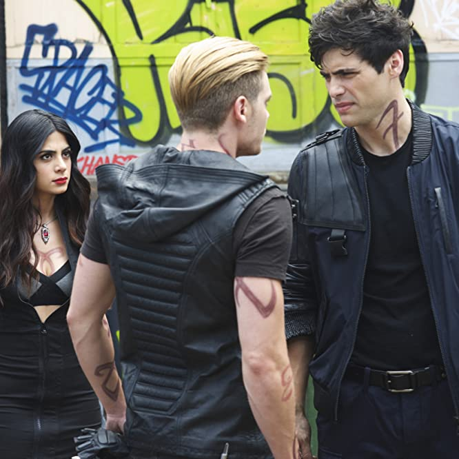 Emeraude Toubia, Dominic Sherwood, and Matthew Daddario in Shadowhunters: The Mortal Instruments (2016)