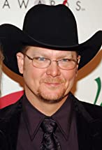 Tracy Lawrence's primary photo