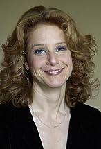Debra Winger's primary photo