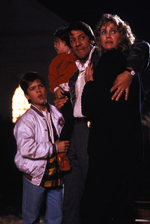 Ashley Bank, Andre Gower, Stephen Macht, and Mary Ellen Trainor in The Monster Squad (1987)