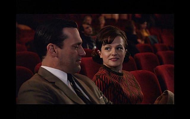 Elisabeth Moss and Jon Hamm in Mad Men (2007)