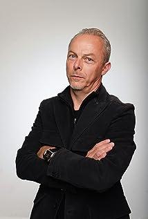 Yves Montmayeur Picture