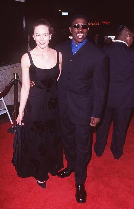 Diane Lane and Wesley Snipes at Murder at 1600 (1997)