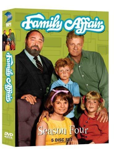 Brian Keith, Sebastian Cabot, Kathy Garver, Anissa Jones, and Johnny Whitaker in Family Affair (1966)