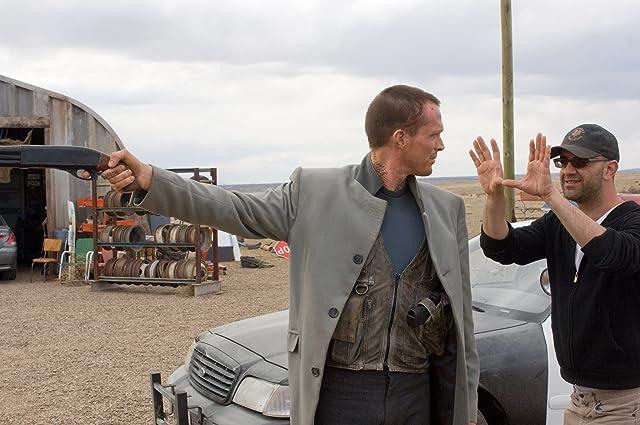 Paul Bettany and Scott Stewart in Legion (2010)