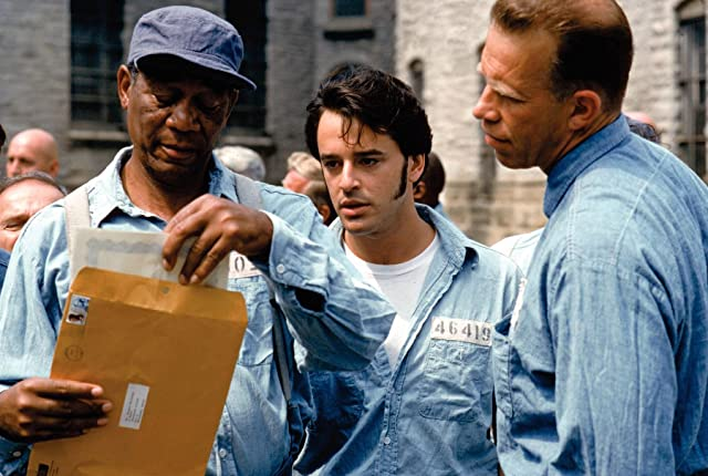 Morgan Freeman, Gil Bellows, and Brian Libby in The Shawshank Redemption (1994)