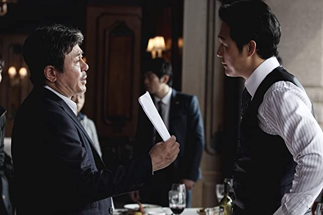 Min-sik Choi and Sung-woong Park in New World (2013)