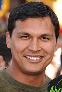 Adam Beach Picture