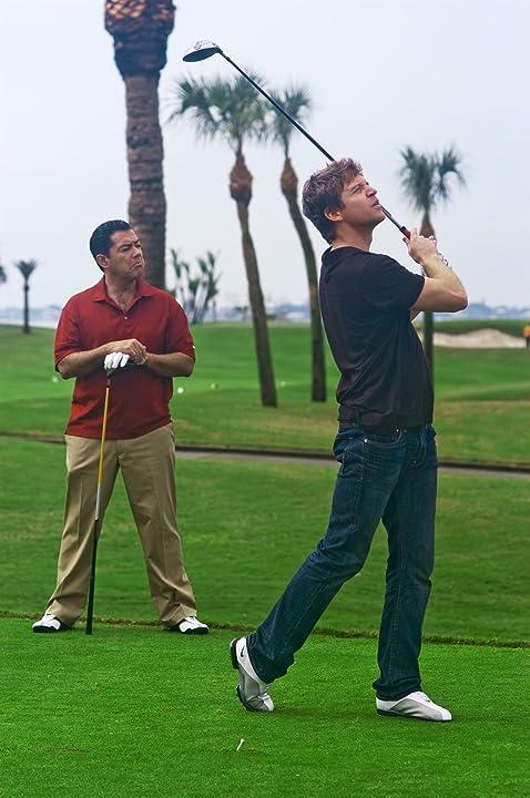 Carlos Gómez and Matt Passmore in The Glades (2010)