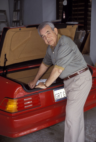 Tom Bosley looking through the trunk of his 1992 500SL Mercedes