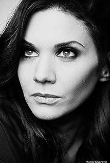 Aktori Amy Matysio