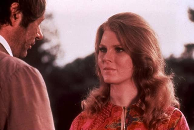Mariette Hartley and Edward Walsh in The Return of Count Yorga (1971)