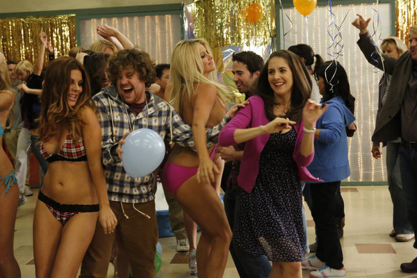 Alison Brie and Zack Pearlman in Community (2009)