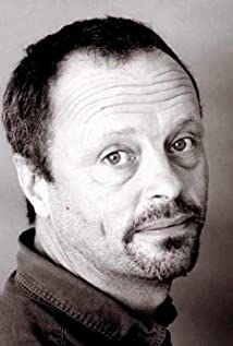 Robert Llewellyn Picture