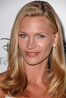 Natasha Henstridge earned a  million dollar salary - leaving the net worth at 10 million in 2018