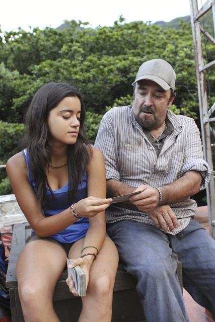 Daniel Zacapa and Paulina Gaitan in The River (2012)