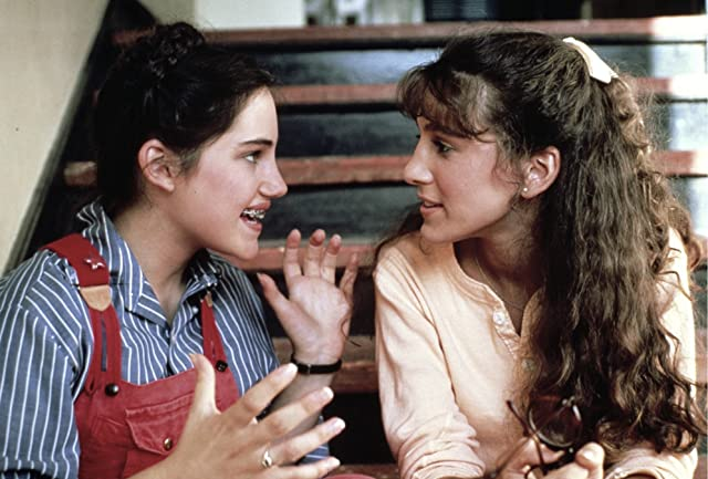 Sarah Jessica Parker and Amy Linker in Square Pegs (1982)