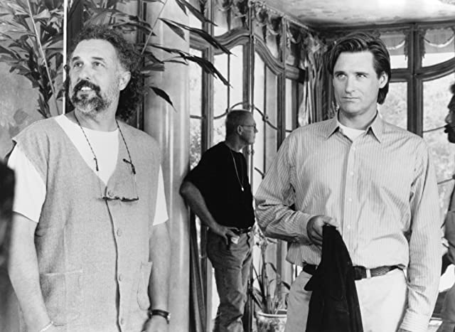 Bill Pullman and Nick Castle in Mr. Wrong (1996)