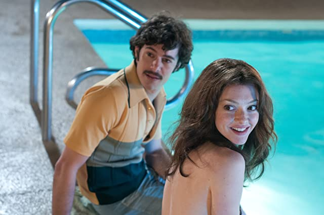 Adam Brody and Amanda Seyfried in Lovelace (2013)
