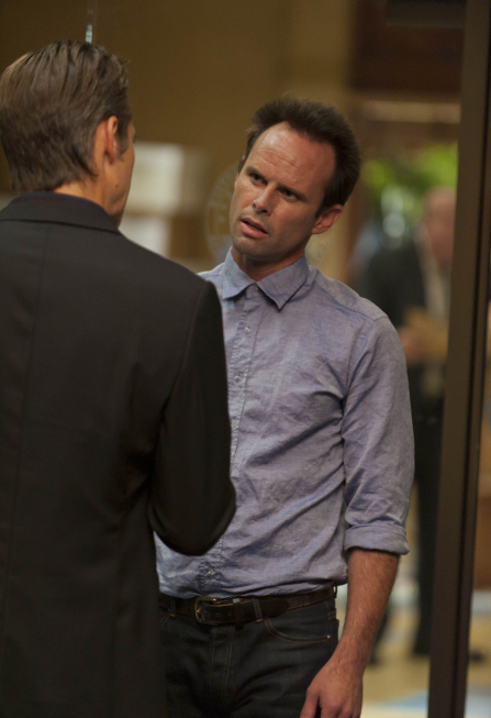 Walton Goggins and Timothy Olyphant in Justified (2010)