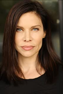Aktori Tara Kleinpeter