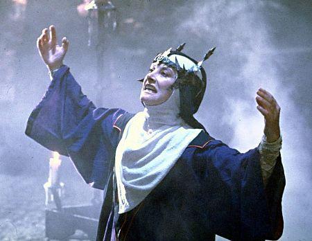 Jean Marsh in Willow (1988)