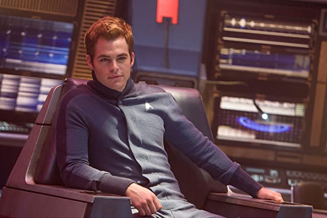 Chris Pine in Star Trek (2009)