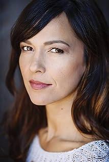 Melanie McLaren Picture