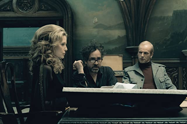 Michelle Pfeiffer, Tim Burton, and Jonny Lee Miller in Dark Shadows (2012)