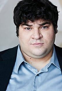 Aktori Michael Barra