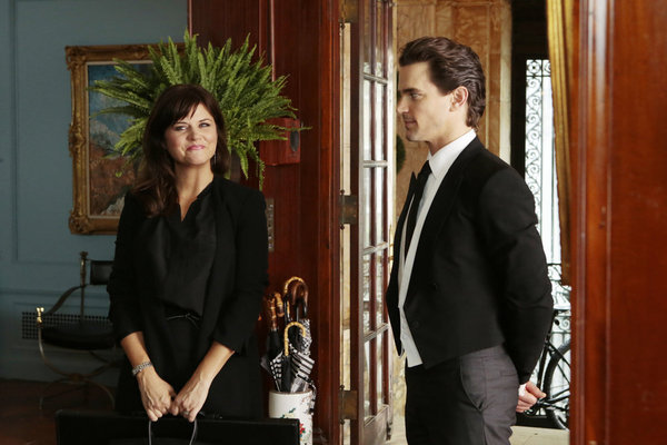 Tiffani Thiessen and Matt Bomer in White Collar (2009)