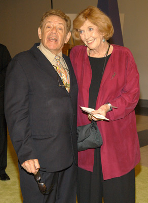 Jerry Stiller and Anne Meara at Sex and the City (1998)