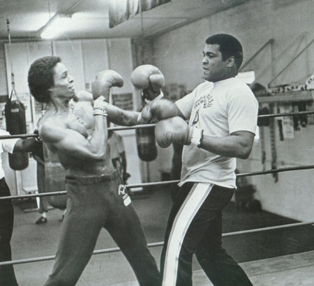 Leon Isaac Kennedy and Muhammad Ali on the set of