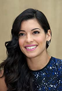 Stephanie Sigman Picture