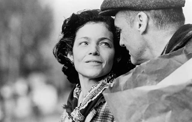 Dennis Hopper and Amy Irving in Carried Away (1996)