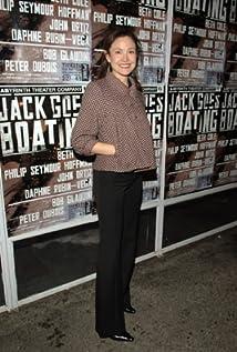 Aktori Reiko Aylesworth