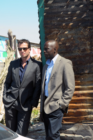 James Purefoy and Michael Kenneth Williams in The Philanthropist (2009)