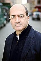 Matt Servitto's primary photo