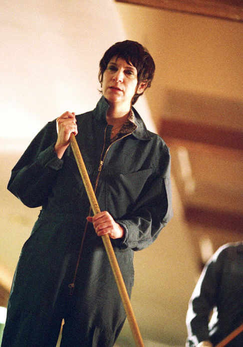 Amanda Plummer in My Life Without Me (2003)