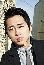 Steven Yeun's primary photo