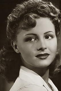 Aktori Madeleine Lebeau
